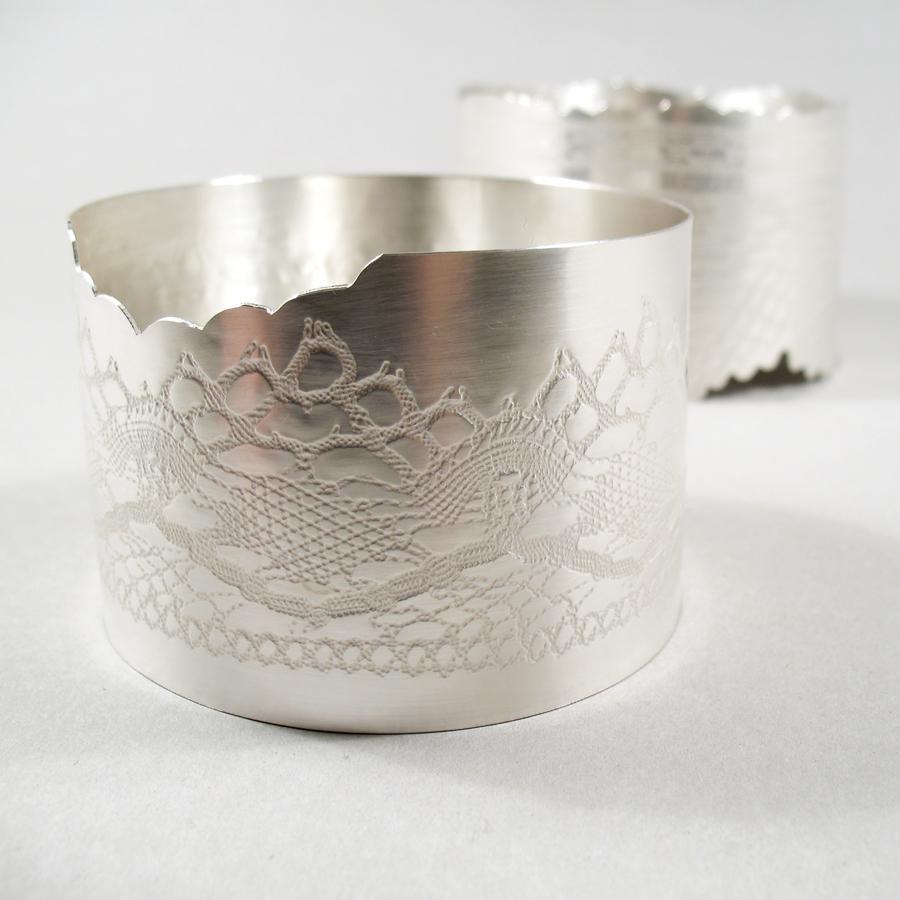 Skål med förlorad spets i silver av Klara Eriksson