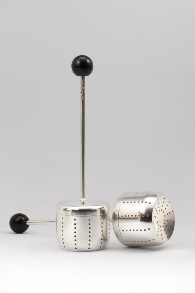 Tekulor av silver tillverkade av Erik Tidäng